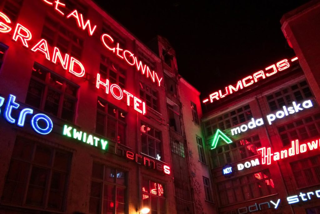 Neon Side Gallery Wroclaw